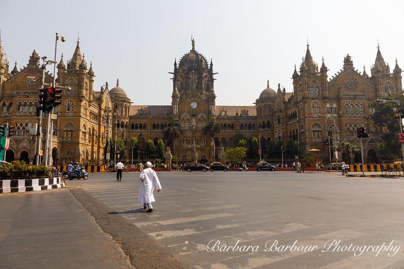 Chhatrapati Shivaji Terminus, Train station