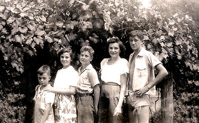 1944 - gene, evella, billy, nancy, gus