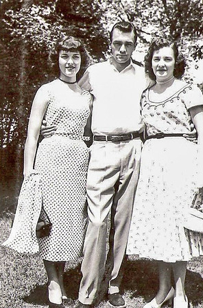 1953 - Peggy,Gene,Eve-1953 copy