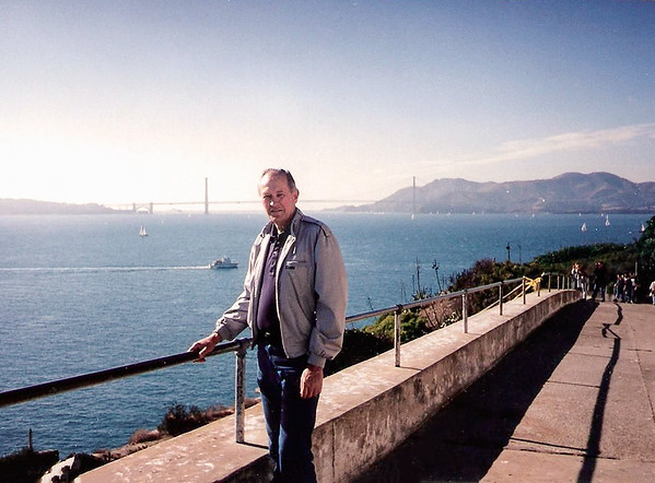 Gene in SF-golden gate bridge-1995