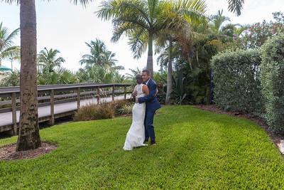 Aaron_and_Katelyn_a_Redington_Shores_Beach_Wedding_005