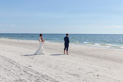 Aaron_and_Katelyn_a_Redington_Shores_Beach_Wedding_010