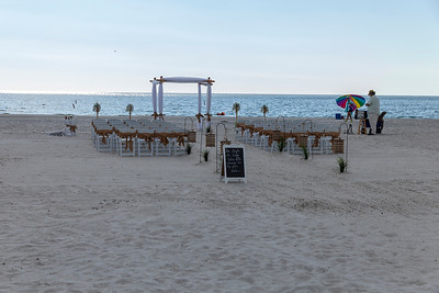Aaron_and_Katelyn_a_Redington_Shores_Beach_Wedding_018