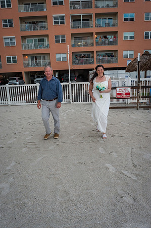 Allen_and_Wendy_a_Madeira_Beach_Wedding_002