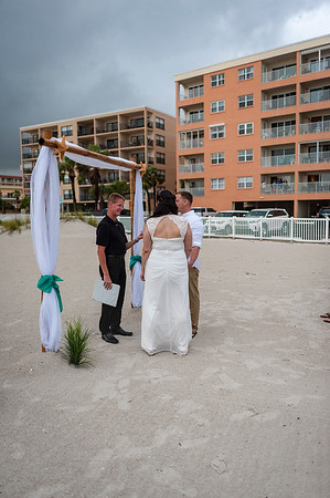 Allen_and_Wendy_a_Madeira_Beach_Wedding_008