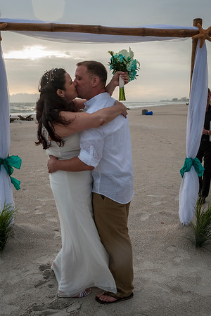 Allen_and_Wendy_a_Madeira_Beach_Wedding_024