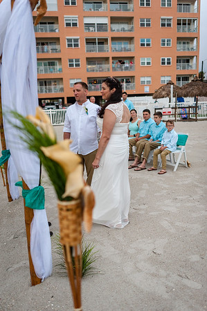 Allen_and_Wendy_a_Madeira_Beach_Wedding_009