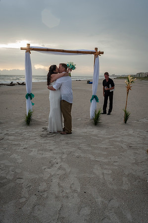 Allen_and_Wendy_a_Madeira_Beach_Wedding_023