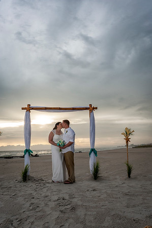 Allen_and_Wendy_a_Madeira_Beach_Wedding_030