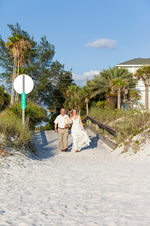 Anna_and_Jason_a_Pass-a-Grille_Beach_Wedding_030