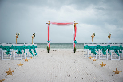 Brittnay_and_Dakota_a_Pass-a-Grille_Beach_Wedding_001