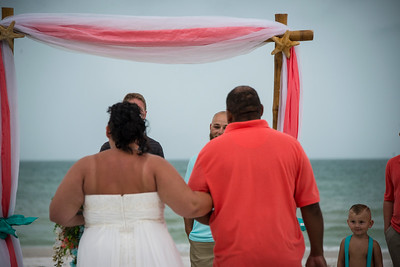 Brittnay_and_Dakota_a_Pass-a-Grille_Beach_Wedding_021