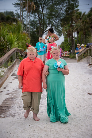 Brittnay_and_Dakota_a_Pass-a-Grille_Beach_Wedding_011