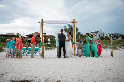 Brittnay_and_Dakota_a_Pass-a-Grille_Beach_Wedding_026