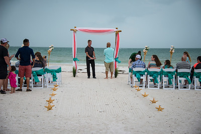 Brittnay_and_Dakota_a_Pass-a-Grille_Beach_Wedding_007