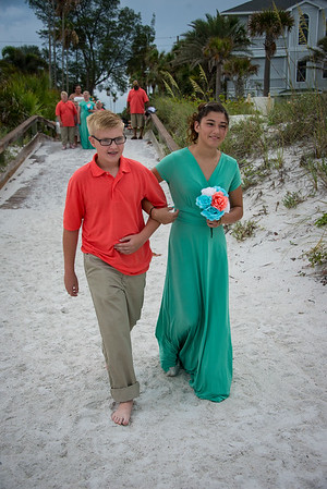 Brittnay_and_Dakota_a_Pass-a-Grille_Beach_Wedding_010