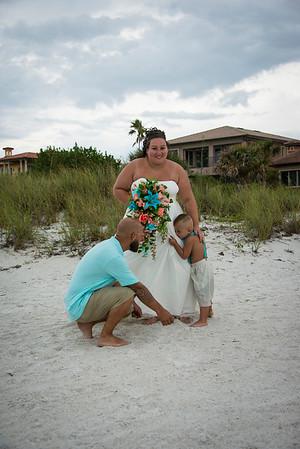 Brittnay_and_Dakota_a_Pass-a-Grille_Beach_Wedding_041