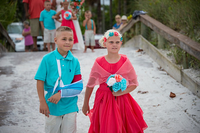 Brittnay_and_Dakota_a_Pass-a-Grille_Beach_Wedding_013