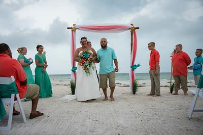 Brittnay_and_Dakota_a_Pass-a-Grille_Beach_Wedding_038