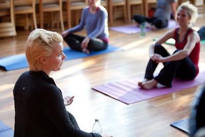 120313 Yoga Women