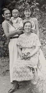 1933 Bert, Danny, mom, Lilly