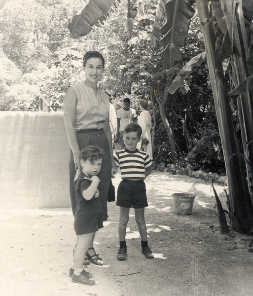Paul, Mom, Mark in FLA-2.jpg