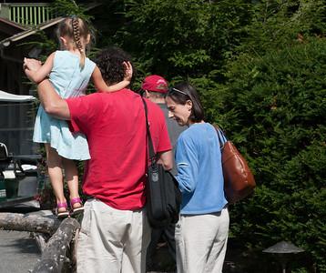 1208_Mom & Paul visit_066