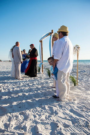 Fred_and_Colleen_a_Pass-a-Grille_Beach_Wedding_055