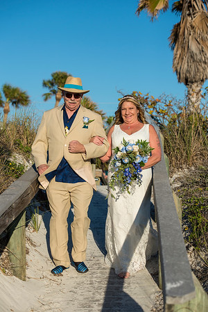 Fred_and_Colleen_a_Pass-a-Grille_Beach_Wedding_045