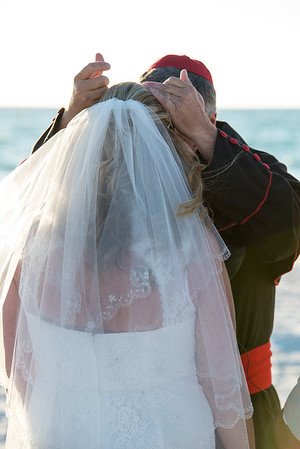 Fred_and_Colleen_a_Pass-a-Grille_Beach_Wedding_075