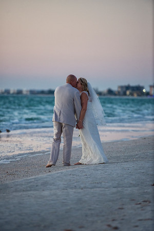 Fred_and_Colleen_a_Pass-a-Grille_Beach_Wedding_127