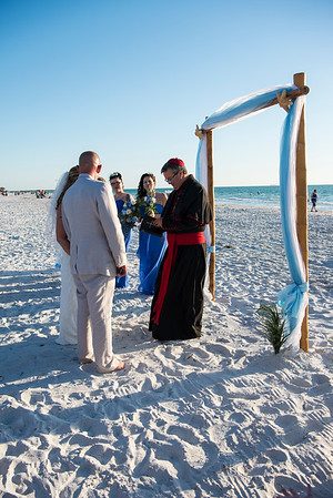 Fred_and_Colleen_a_Pass-a-Grille_Beach_Wedding_052