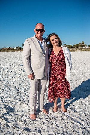 Fred_and_Colleen_a_Pass-a-Grille_Beach_Wedding_014