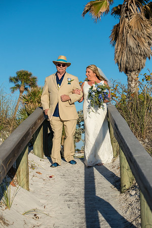 Fred_and_Colleen_a_Pass-a-Grille_Beach_Wedding_044