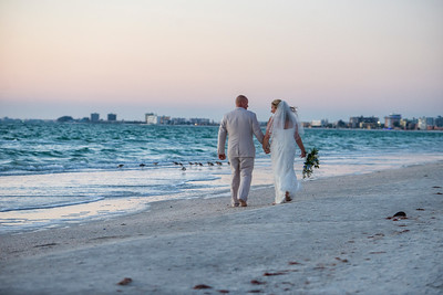 Fred_and_Colleen_a_Pass-a-Grille_Beach_Wedding_126