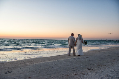 Fred_and_Colleen_a_Pass-a-Grille_Beach_Wedding_124