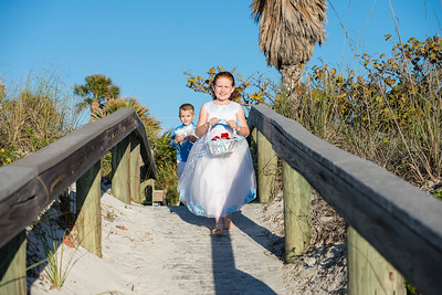 Fred_and_Colleen_a_Pass-a-Grille_Beach_Wedding_037