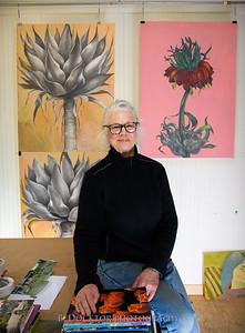 Betzie Bendis in studio-10