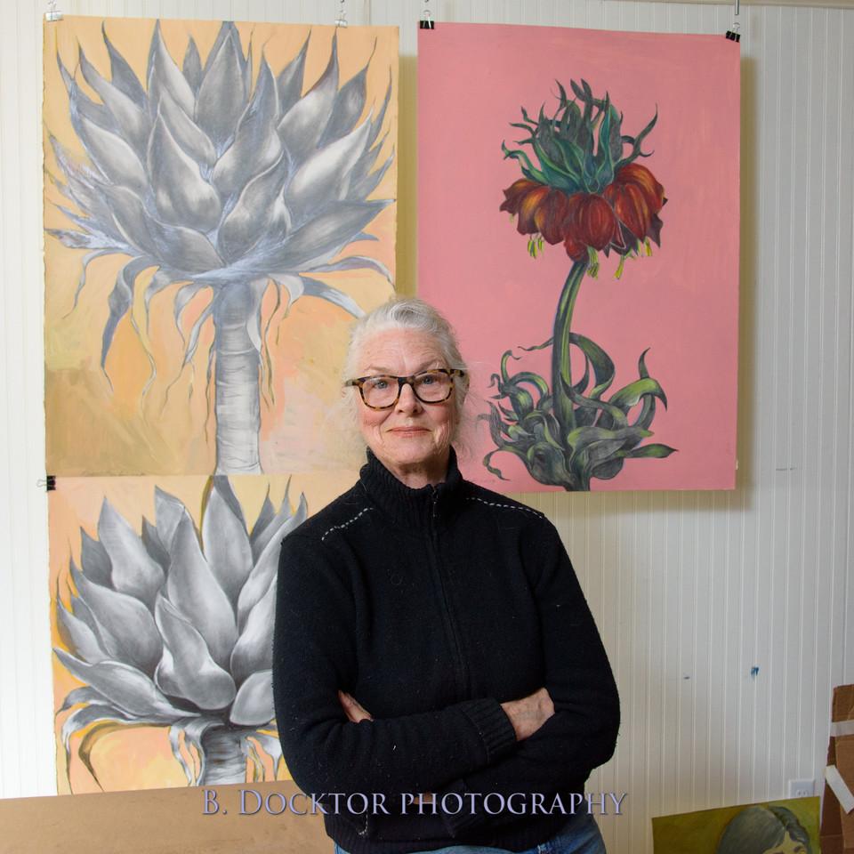 Betzie Bendis in studio-33