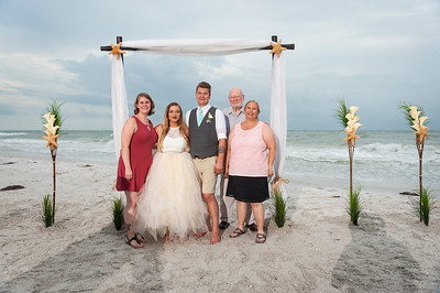 Kristina_and_Nathan_a_Pass-a-Grille_Beach_Wedding_081