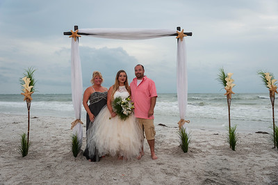 Kristina_and_Nathan_a_Pass-a-Grille_Beach_Wedding_067