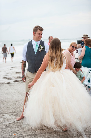 Kristina_and_Nathan_a_Pass-a-Grille_Beach_Wedding_028