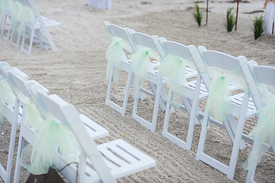 Kristina_and_Nathan_a_Pass-a-Grille_Beach_Wedding_004