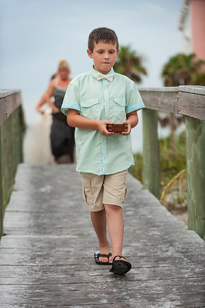 Kristina_and_Nathan_a_Pass-a-Grille_Beach_Wedding_018