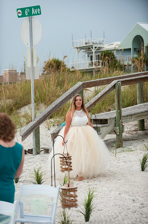 Kristina_and_Nathan_a_Pass-a-Grille_Beach_Wedding_024