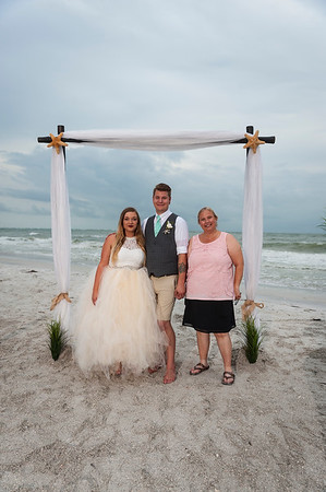 Kristina_and_Nathan_a_Pass-a-Grille_Beach_Wedding_082