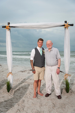 Kristina_and_Nathan_a_Pass-a-Grille_Beach_Wedding_085