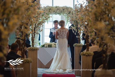 Aoibhinn and John's wedding day.   © Ronan McGrade | www.ronanmcgradephotography.com