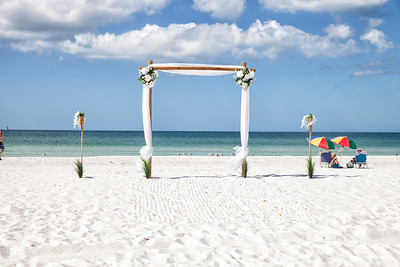 Miles_and_Samantha_a_Pass-a-Grille_Beach_Wedding_004