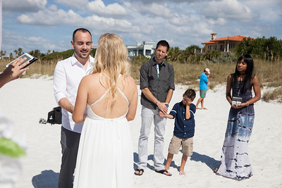 Miles_and_Samantha_a_Pass-a-Grille_Beach_Wedding_021